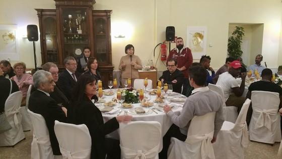 """Auguri Papa Francesco"", un pranzo in dono ai più fragili"