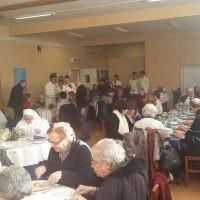 """Auguri Papa Francesco"", pranzo per i più fragili all'IPSEOA Tor Carbone"